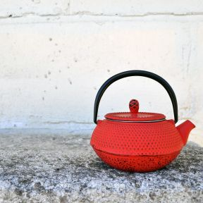 CAST IRON TEAPOT - SHIHEZI RED